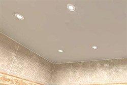 Как сделать потолок в ванной